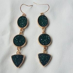 MODCLOTH emerald green rough stone drop earring